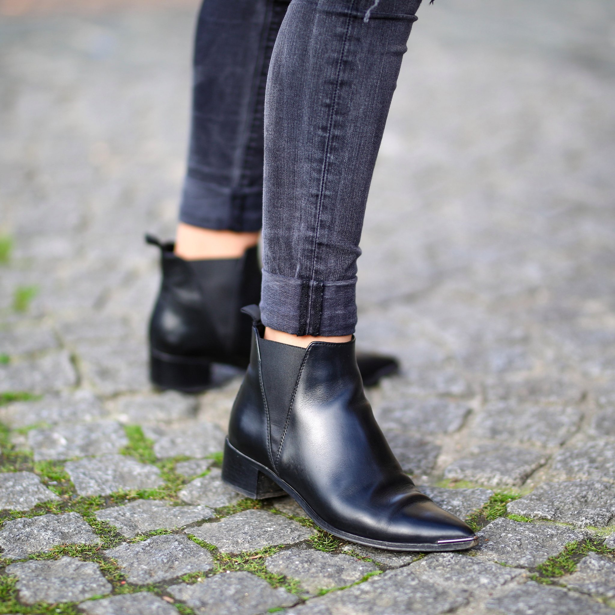 Chelsea Boots Under 100