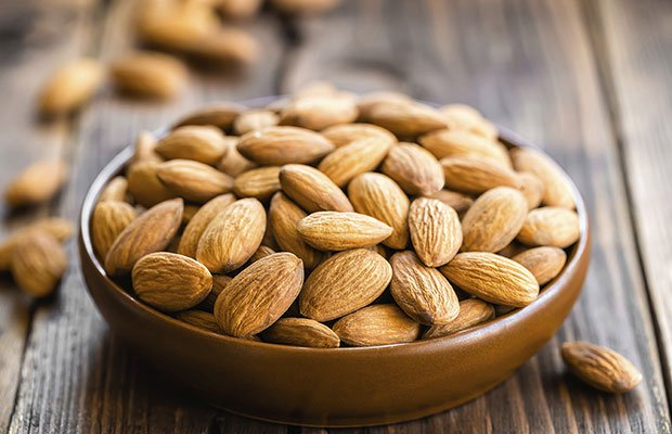 gettyimages 490990501 almonds yelenayemchuk 0 0