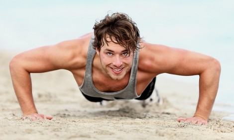 Η γερή προπόνηση στην άμμο για σώμα-φωτιά το καλοκαίρι d90303fbd9b